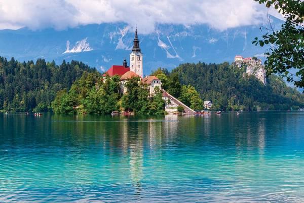 Melyik szín nincs a szlovén zászlóban?