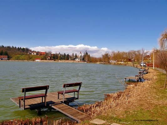 A Bánki-tó melyik megyénkben található?