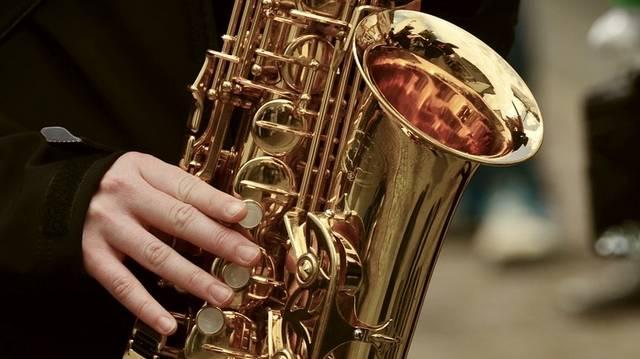 Melyik hangszerből van kettő a vonósnégyesben?