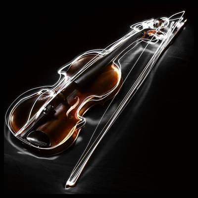 Ha azt mondjuk, az alábbi hangszerek közül az egyik magyar vonatkozású nádnyelves fúvós hangszer, akkor melyikre gondoltunk?