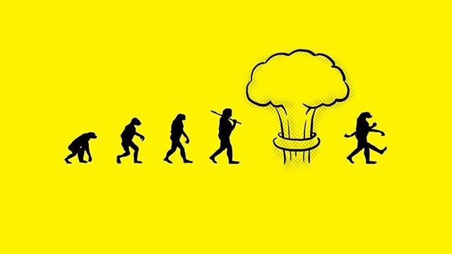 Ki dolgozta ki az evolúció elméletét?