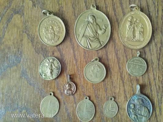 Melyik érménk hátoldalán található a magyar címer?
