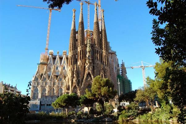 Hol található a Sagrada Família, a Szent Család templom?