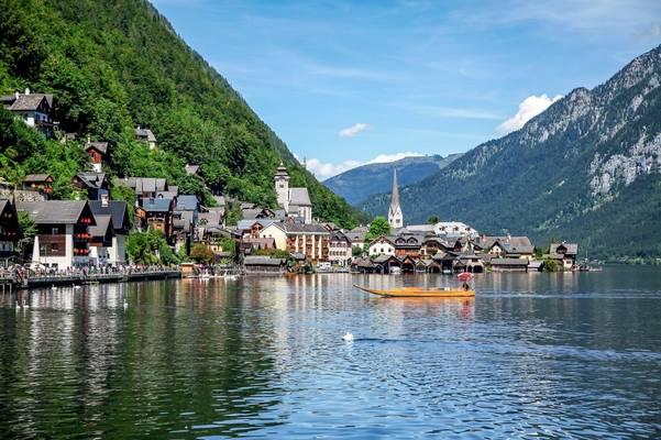 Melyik országgal határos Ausztria?