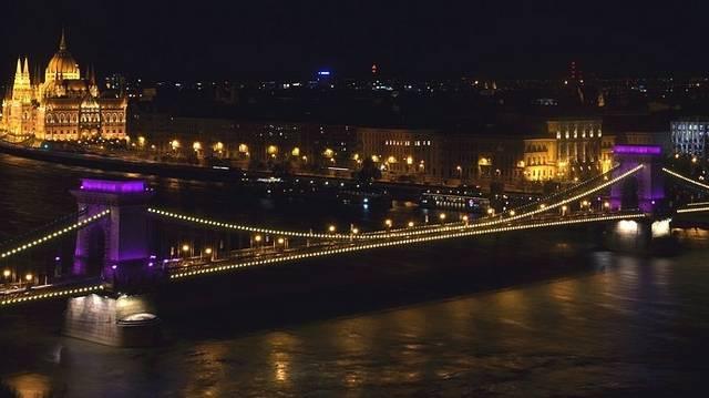 Melyik évben csatlakozott Magyarország az Európai Unióhoz?