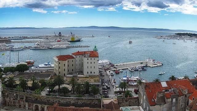 Melyik a Magyarországhoz legközelebb eső tenger?