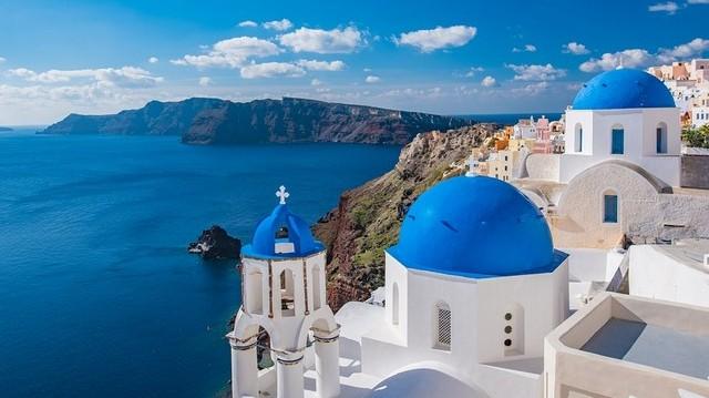 A felsoroltak közül, melyik országnak nincs tengerpartja a Fekete-tengernél?