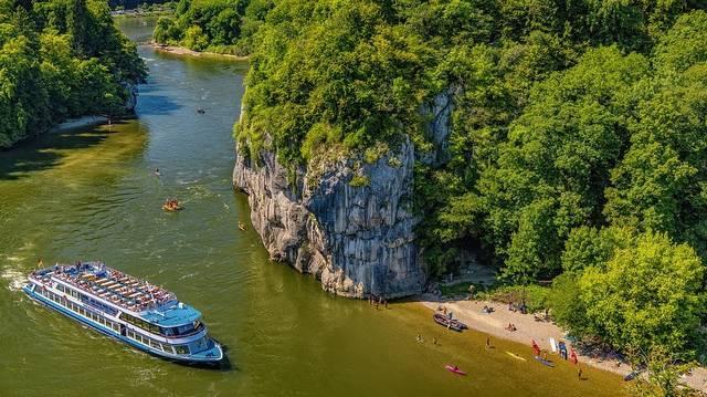 A felsoroltakból, melyik a Duna egyetlen bal oldali (magyarországi) mellékfolyója?