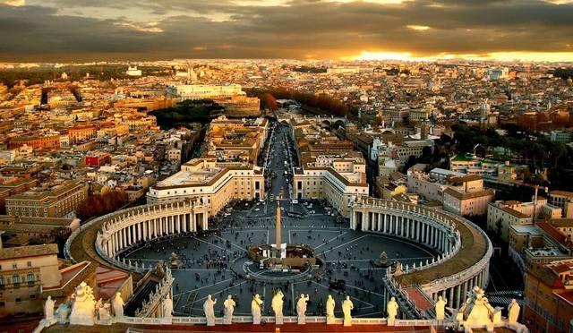 Kik védik Vatikán államot?