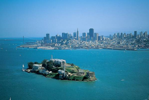 Miért zárták be az Alcatraz börtönt?