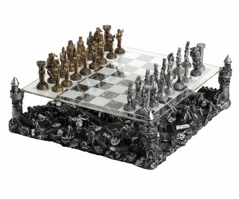 A sakkban melyik bábu léphet csak átlósan?