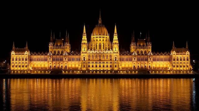 Magyarországon hány évre választja meg az Országgyűlés a köztársasági elnököt?