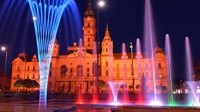 Mely magyarországi városra szokták azt mondani, hogy a vizek - folyók - városa?