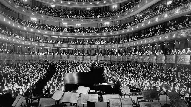Melyik nem egy Wagner-operában van az alábbiak közül?