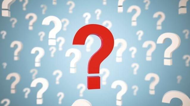 Kinek a szamara volt az az állat, amely éhen halt, mert nem tudta eldönteni, hogy a tőle egyforma távolságra lévő szénacsomók közül melyiket válassza?