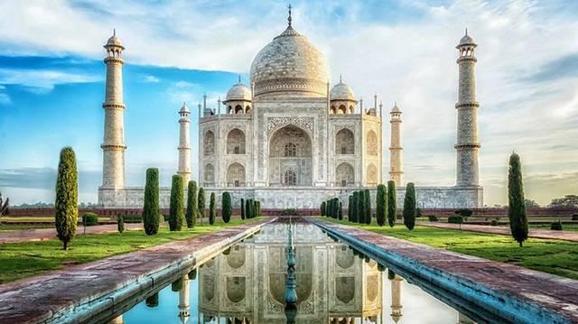 Hova kell utaznunk, ha élőben akarjuk látni a Tadzs Mahalt?