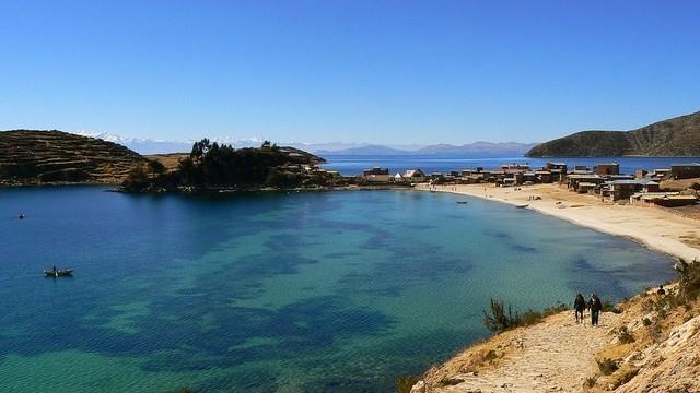 Hol van a Titicaca-tó?