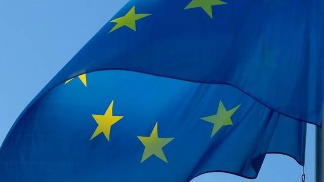 Hány arany csillag van az EU zászlaján?