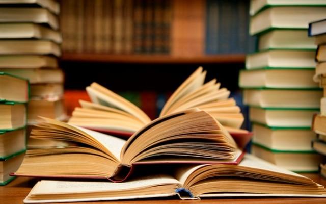 Tudod-e, ki írta ezeket a regényeket?