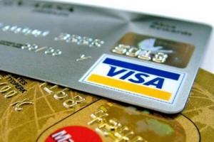 Külföldön bankkártya, itthon készpénz