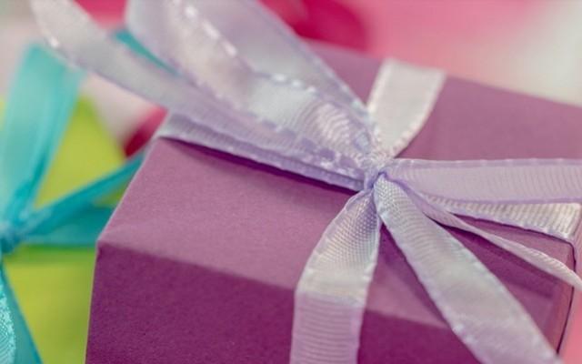 Ajándék: van, aki szeret adni és van, aki szeret kapni