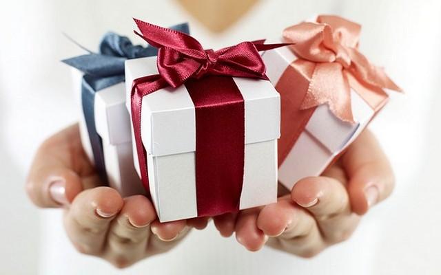 Jobb ajándékot adni, mint kapni?