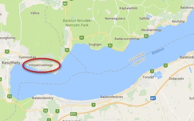 Vonyarcvashegy az északi parton van