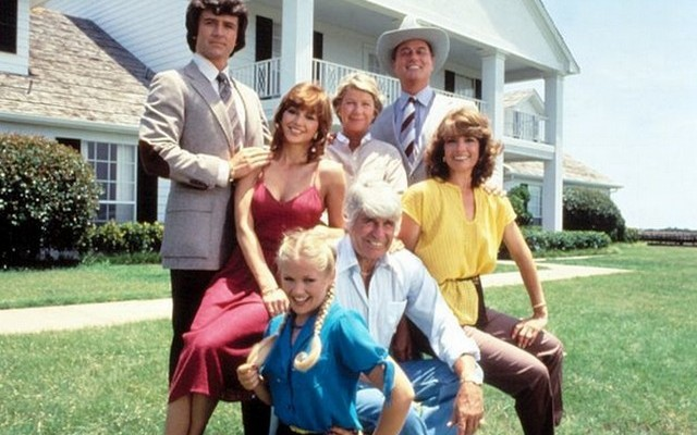 Melyik szereplő szerepelt a Dallas minden egyes epizódjában (357)?