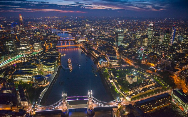 Tíz európai nagyváros esti fényben. Így is tudod, hol készültek a képek?