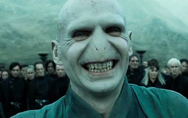 Mi történt Neville szüleivel?