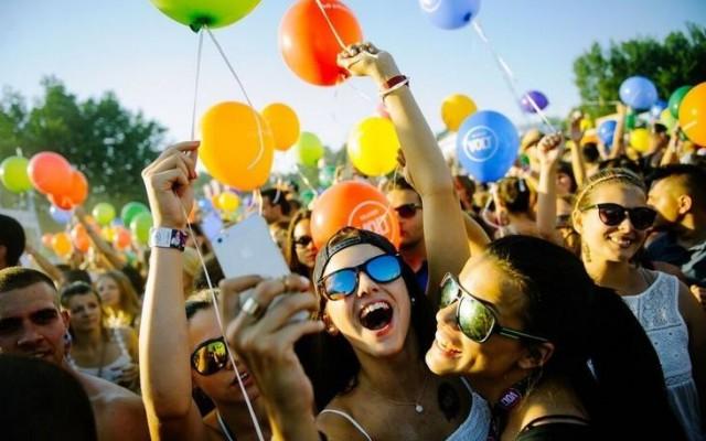 Sziget? Sound? Nova Rock? Tudod-e hol rendezik ezeket a fesztiválokat?