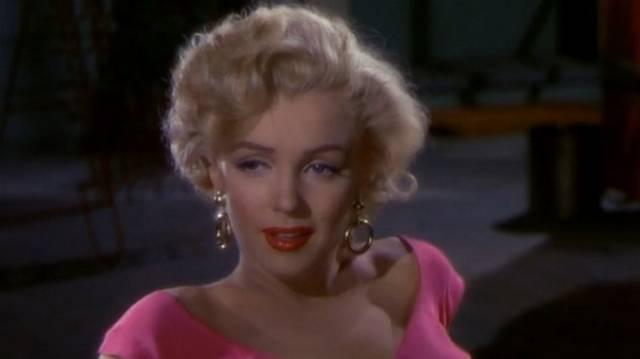 Melyik dal volt az, amit Marilyn Monroe 1962-ben John F. Kennedy elnöknek énekelt?