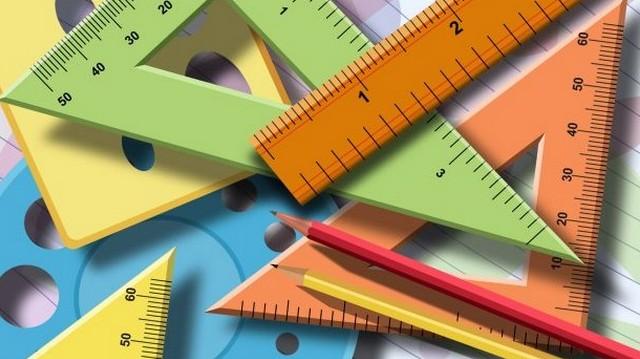 Egy háromszög egyik szöge 50, a másik 60 fokos. Hány fokos a harmadik szög?