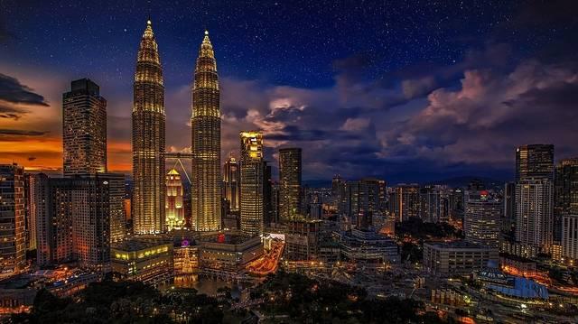 Melyik ország fővárosa Kuala Lumpur?