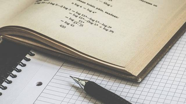 Melyik nem illik a sorba? Melyiknek nincs köze a matematikához?