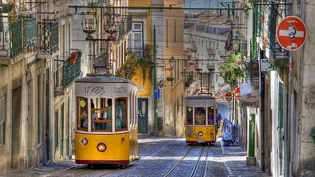 Válaszd ki Portugália fővárosát!