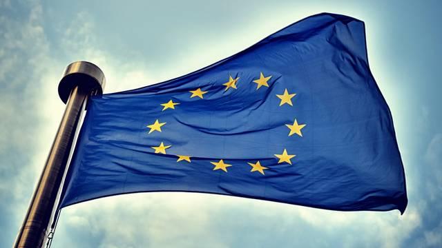 Megalapították az Európai Uniót