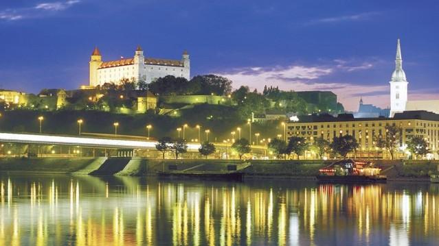 Szlovákiának mi a fővárosa?