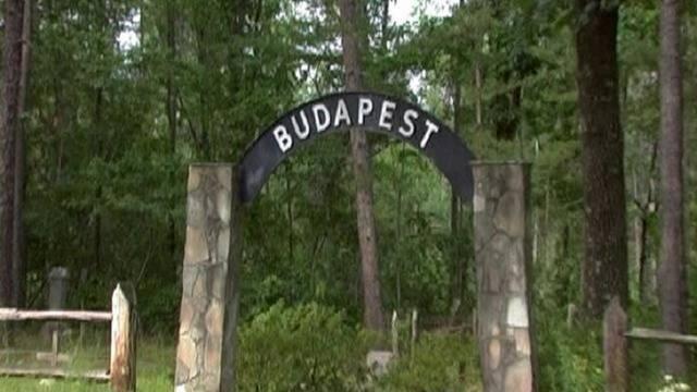 Melyik országban található még Budapest nevű helység?
