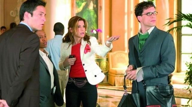 Az itt felsorolt filmek közül az egyiknek Sandra Bullock a főszereplője. Melyiknek?