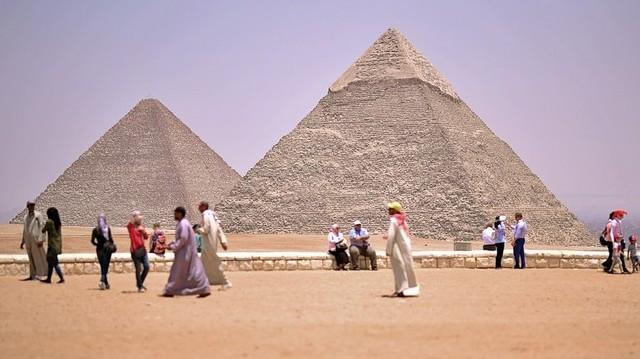 Hol találhatóak a Gízai piramisok?