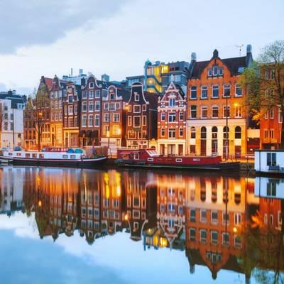 Melyik képen látod Amszterdamot?