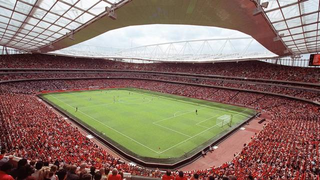 Mi a neve az Arsenal FC új stadionjának?