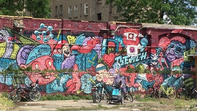 Hány évig állt a berlini fal?