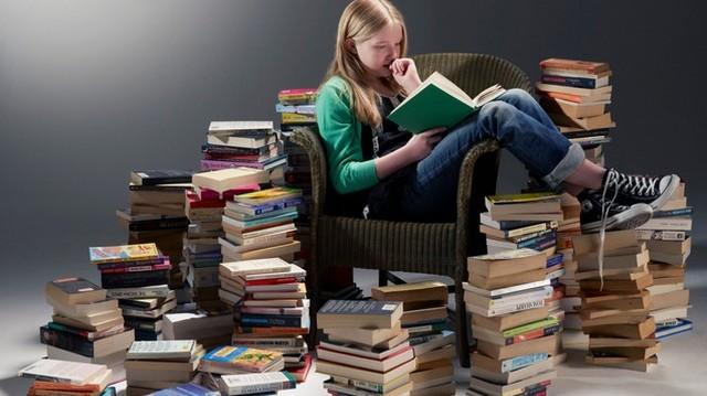 Hogy hívják Móricz Zsigmond: Légy jó mindhalálig című regény főszereplőjét?