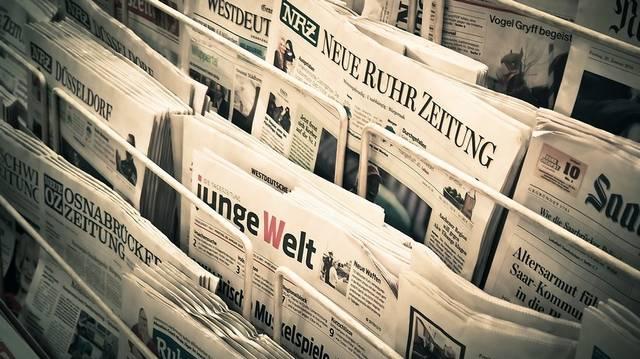 Melyik évben lehetett utoljára Népszabadságot kapni az újságárusoknál?