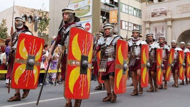 Melyik városunk ókori neve Savaria?
