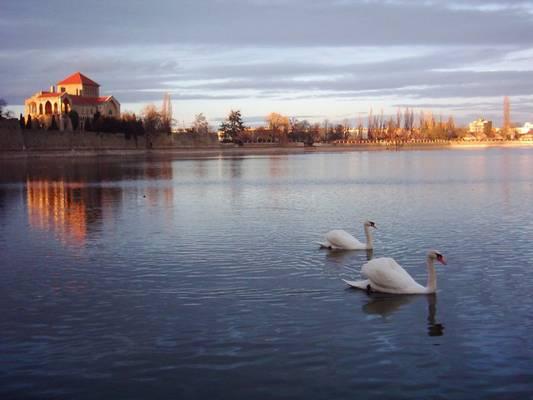 Melyik megyénkben található az Öreg-tó?