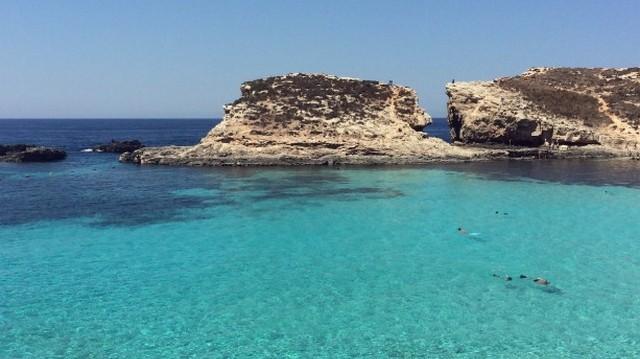 Az EU legkisebb tagállama, Európában pedig az ötödik legkisebb nemzetközileg elismert független ország. Fővárosa Valletta. Melyik ez az állam?