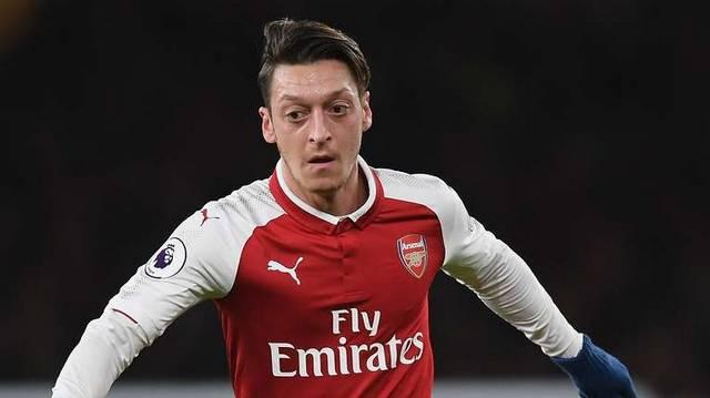 Mesut Özil. Melyik nemzeti válogatottban játszik?